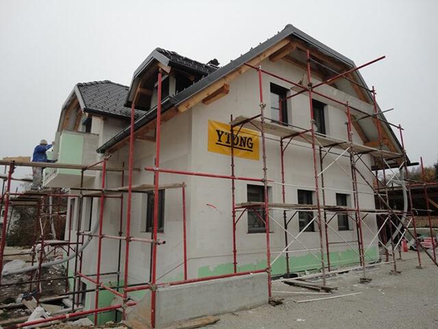 Ytong hiša s fasado iz Multipor plošč.